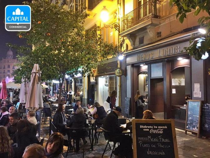 Traspaso Restaurante Con Terraza Cerca De Plaza Ayuntamiento